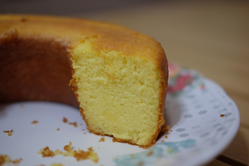 sponge-cake-slice