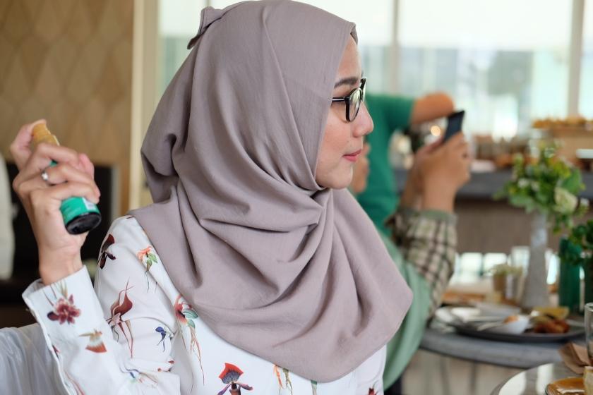 hijab hair mist